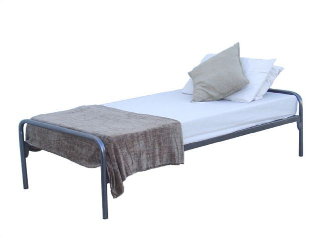 bulk steel beds